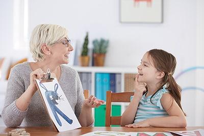 Retraso en el lenguaje de un niño con problemas