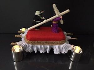 cómo hacer un trono de Semana Santa